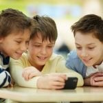 When Should Your Child Get Their First Cell Phone?
